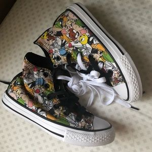 NEW Looney Tunes Boys Girls Converse Shoes